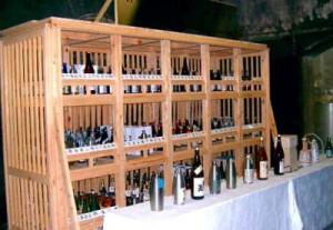 赤レンガ酒造工場地下貯蔵室で進行中の日本酒百年間貯蔵プロジェクト