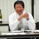 熟成古酒の会2011 熟成古酒を語る本田氏(長期熟成酒研究会会長)
